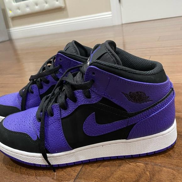 air jordan 1 mid purple black